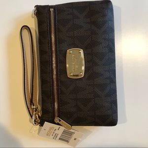 Michael Kors brown large Jet Set wristlet